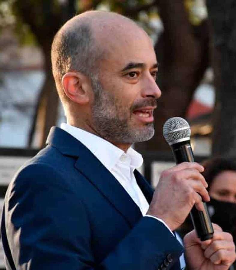 El candidato independiente y alcalde de San Pedro, Miguel Treviño, presenta su declaración patrimonial