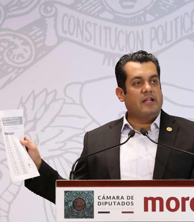 Según Morena, Mariana Rodríguez está apoyando de modo ilegal a su esposo Samuel García