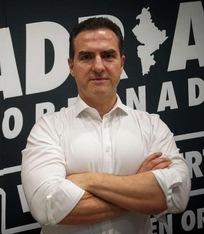Encuesta telefónica pone a Adrián de la Garza a la cabeza de las preferencias para la gubernatura de NL