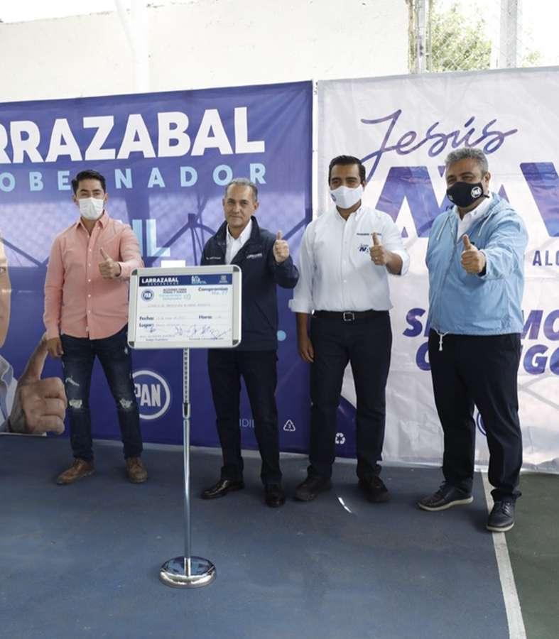 Larrazabal se compromete a mejorar el ambiente en Nuevo León