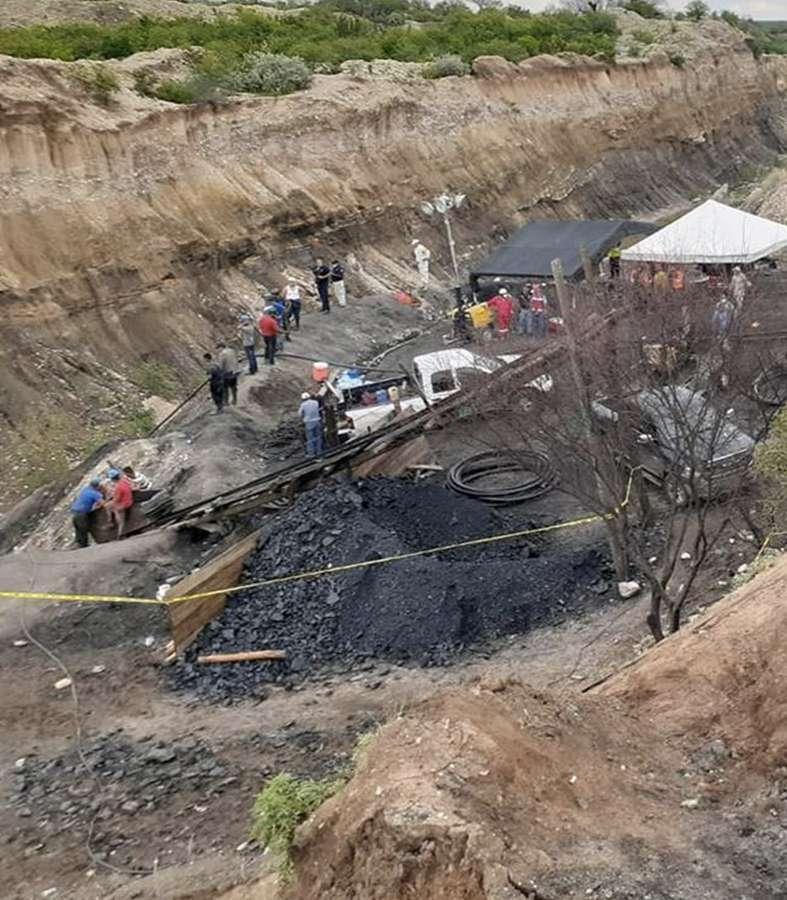 Rescatan cuerpo de uno de los mineros de Múzquiz, Coahuila